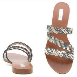 Shoes - 🌺LAST ONE🌺SNAKE PRINT SANDAL🌺